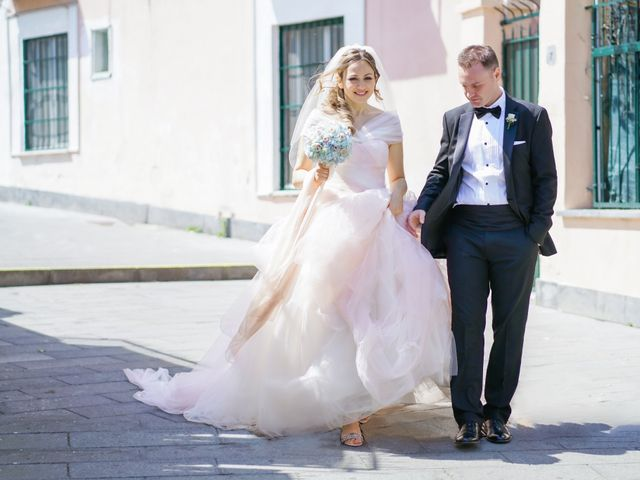 Il matrimonio di Panòs e Federica a Napoli, Napoli 1