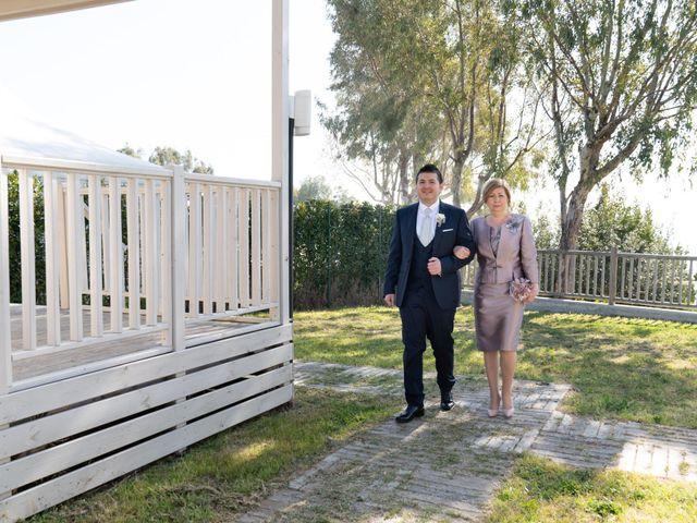 Il matrimonio di Luca e Angelica a Vasto, Chieti 16