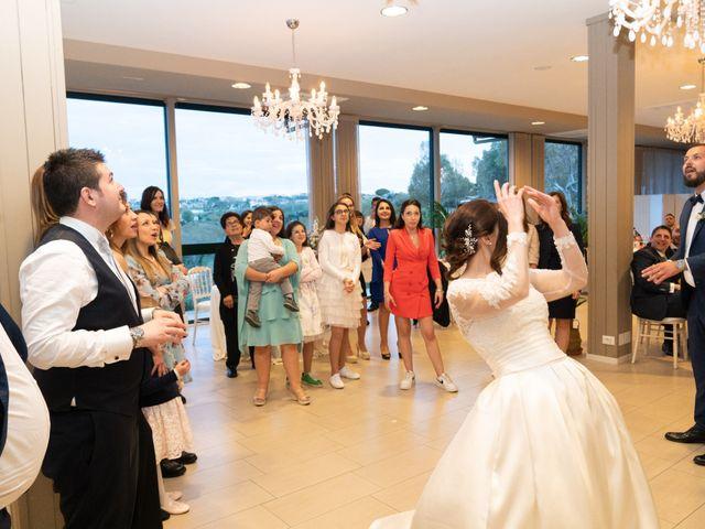 Il matrimonio di Luca e Angelica a Vasto, Chieti 32