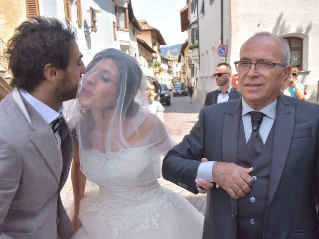 Il matrimonio di Paolo e Linda a Appiano sulla strada del vino-EppanB, Bolzano 6