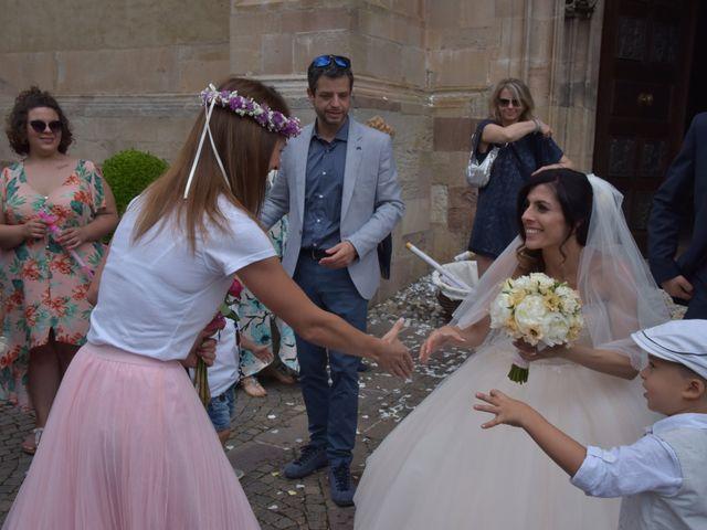 Il matrimonio di Paolo e Linda a Appiano sulla strada del vino-EppanB, Bolzano 11
