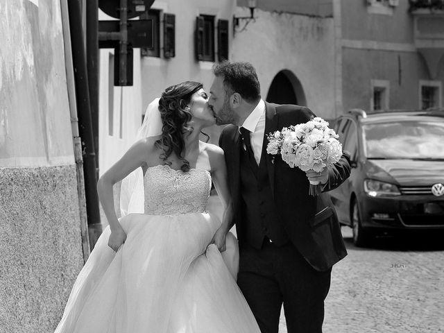 Il matrimonio di Paolo e Linda a Appiano sulla strada del vino-EppanB, Bolzano 22