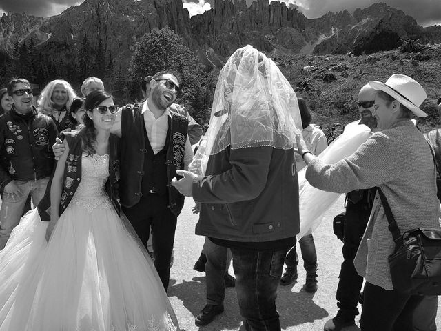 Il matrimonio di Paolo e Linda a Appiano sulla strada del vino-EppanB, Bolzano 28