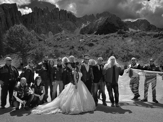Il matrimonio di Paolo e Linda a Appiano sulla strada del vino-EppanB, Bolzano 29