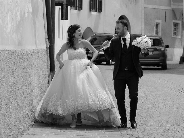 Il matrimonio di Paolo e Linda a Appiano sulla strada del vino-EppanB, Bolzano 32