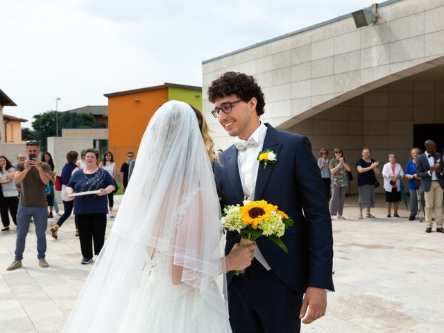 Il matrimonio di Diego e Irina a Grassobbio, Bergamo 16