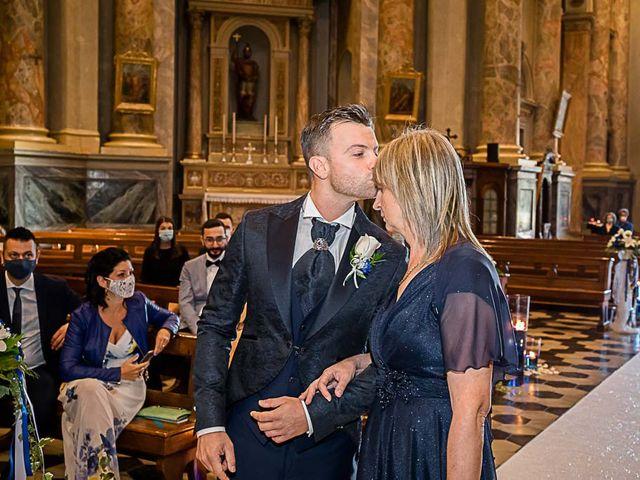 Il matrimonio di Marco e Raffaella a Mapello, Bergamo 29