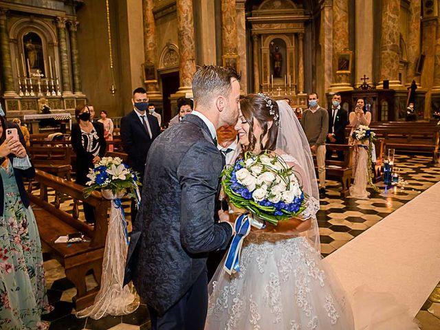 Il matrimonio di Marco e Raffaella a Mapello, Bergamo 35