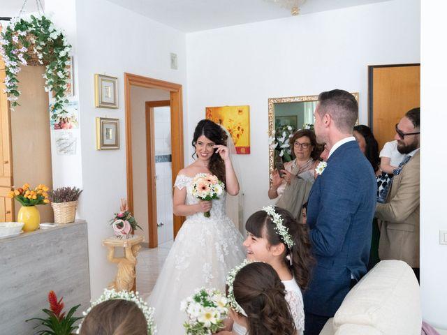 Il matrimonio di Angelo e Manuela a San Salvo, Chieti 22
