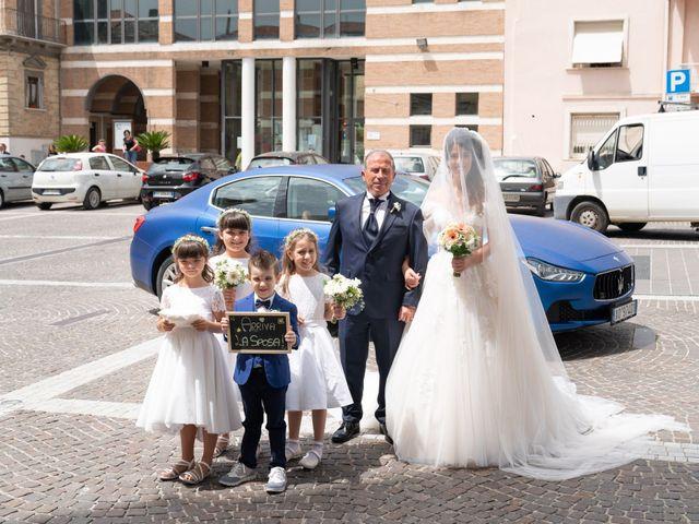 Il matrimonio di Angelo e Manuela a San Salvo, Chieti 29