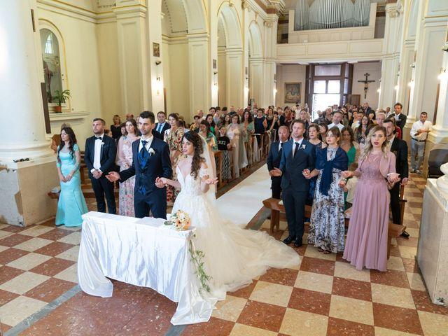 Il matrimonio di Angelo e Manuela a San Salvo, Chieti 34