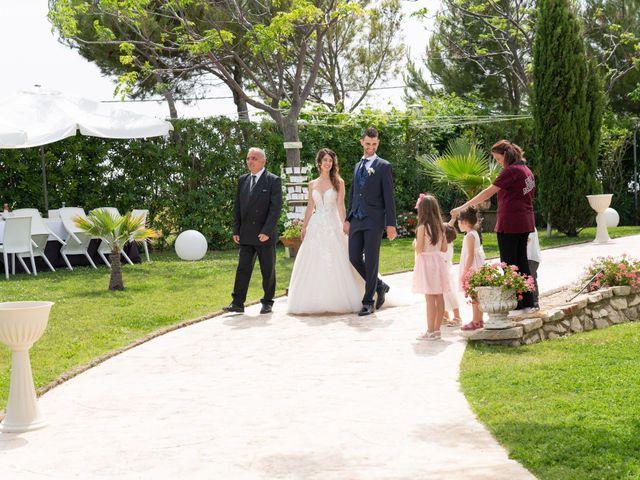Il matrimonio di Angelo e Manuela a San Salvo, Chieti 44