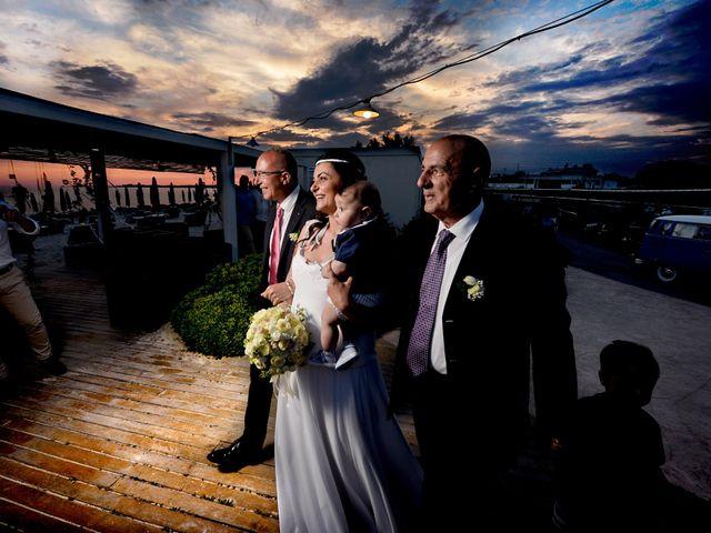 Il matrimonio di Enrico e Lavinia a Porto Cesareo, Lecce 31