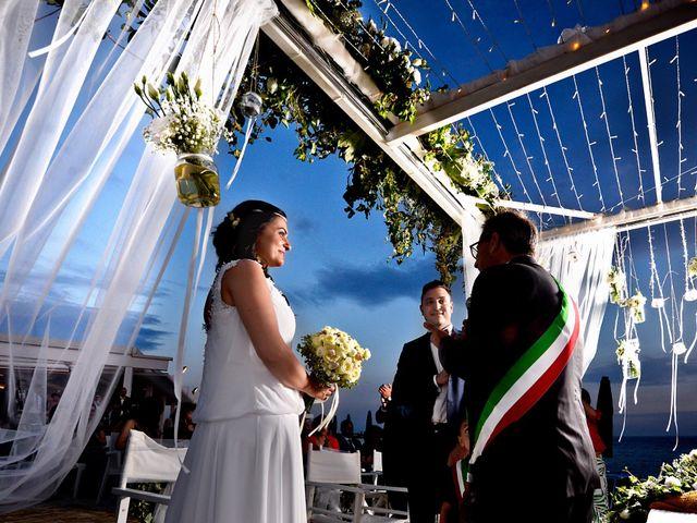 Il matrimonio di Enrico e Lavinia a Porto Cesareo, Lecce 33
