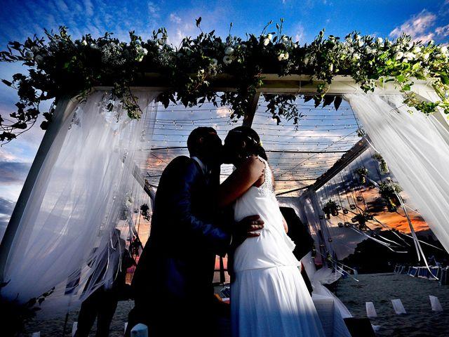 Il matrimonio di Enrico e Lavinia a Porto Cesareo, Lecce 35