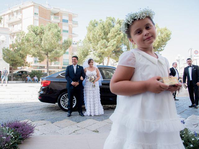 Il matrimonio di Roberto e Gabriella a Canosa di Puglia, Bari 20