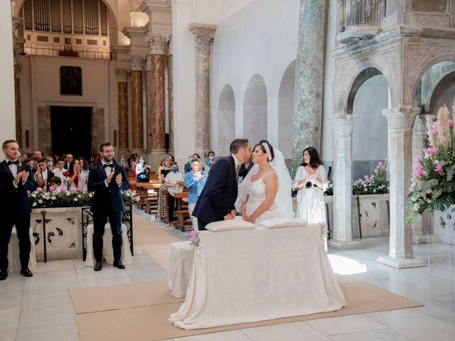 Il matrimonio di Roberto e Gabriella a Canosa di Puglia, Bari 22