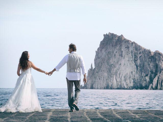 Il matrimonio di Antonella e Luca a Stromboli, Messina 3