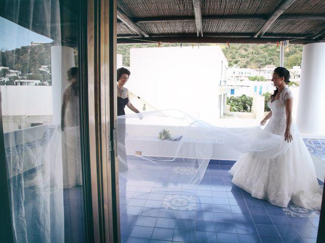 Il matrimonio di Antonella e Luca a Stromboli, Messina 6