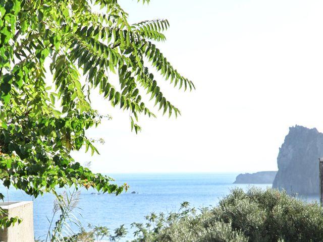 Il matrimonio di Antonella e Luca a Stromboli, Messina 27