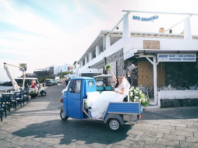 Il matrimonio di Antonella e Luca a Stromboli, Messina 53