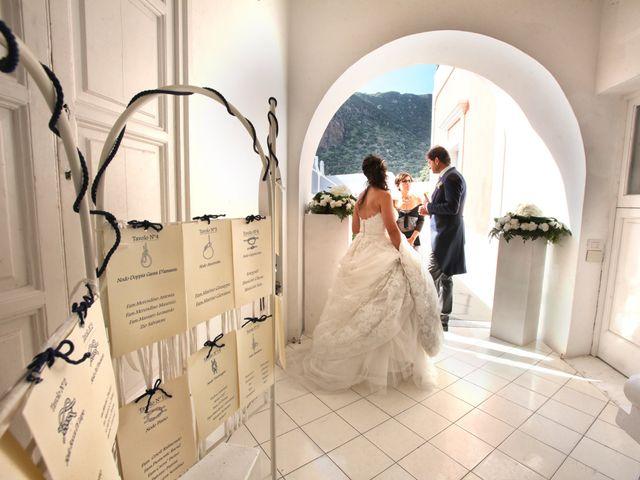 Il matrimonio di Antonella e Luca a Stromboli, Messina 56