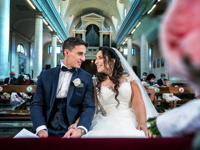 Il matrimonio di Stefano e Silvia a Carugate, Milano 32