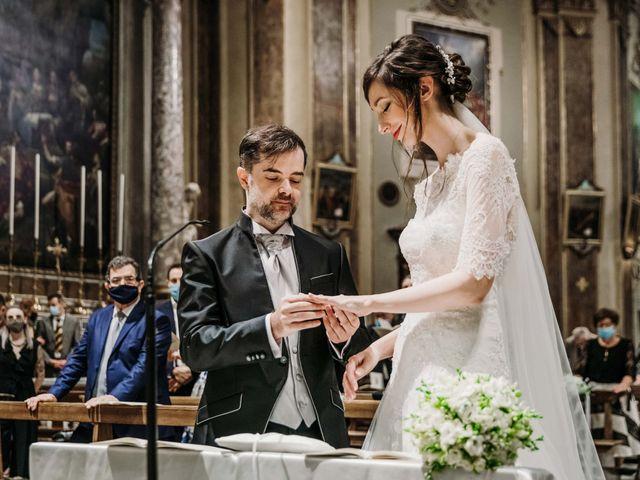 Il matrimonio di Claudia e Massimiliano a Bergamo, Bergamo 33