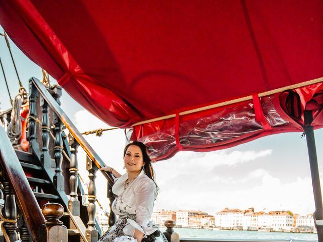 Il matrimonio di Marco e Sara a Venezia, Venezia 33