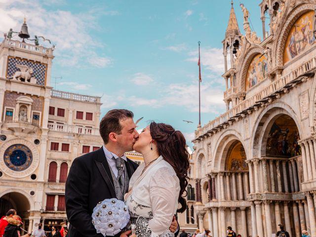 Il matrimonio di Marco e Sara a Venezia, Venezia 53