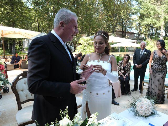 Il matrimonio di Elena e Vittorio a Nettuno, Roma 17