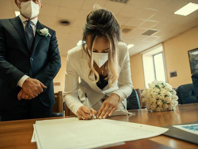 Il matrimonio di Oxsana e Andrea a Aversa, Caserta 20