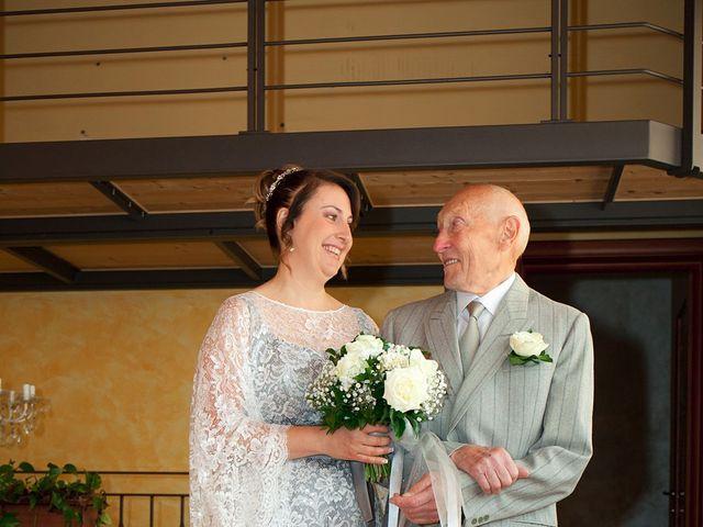 Il matrimonio di Maurizio e Emanuela a Canzo, Como 19
