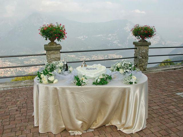 Il matrimonio di Maurizio e Emanuela a Canzo, Como 135