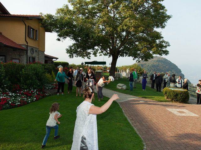Il matrimonio di Maurizio e Emanuela a Canzo, Como 142