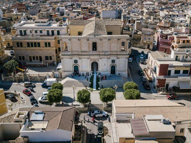 Il matrimonio di Giovanni e Maura a Pozzallo, Ragusa 25