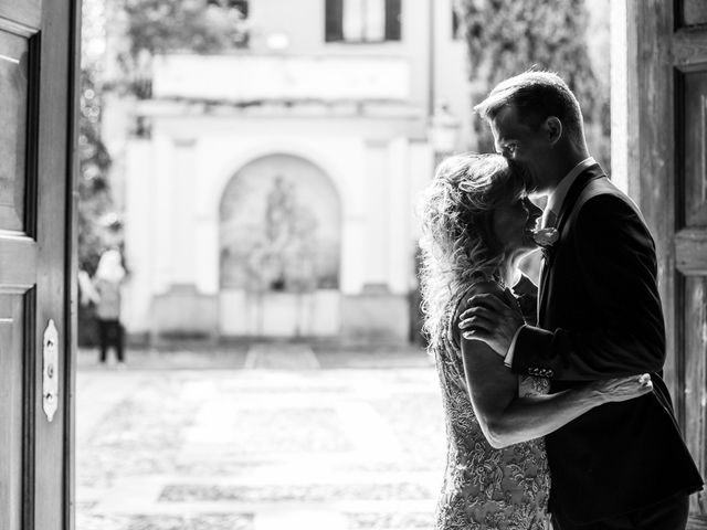 Il matrimonio di Maura e Riccardo a Angera, Varese 11
