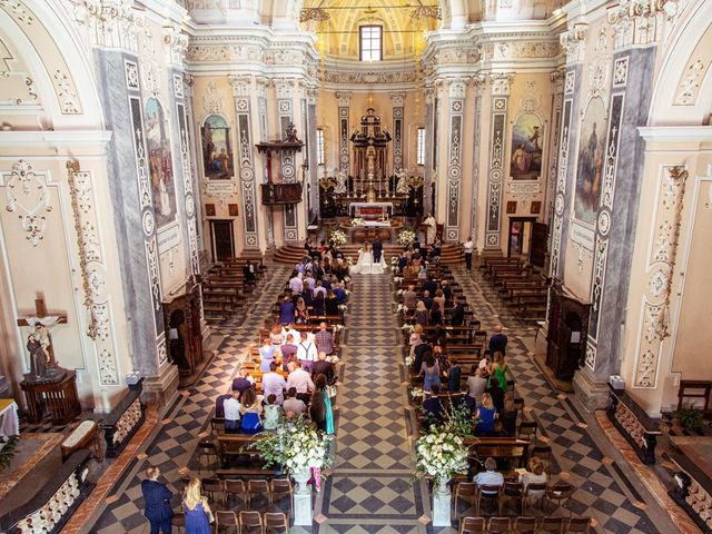 Il matrimonio di Maura e Riccardo a Angera, Varese 14
