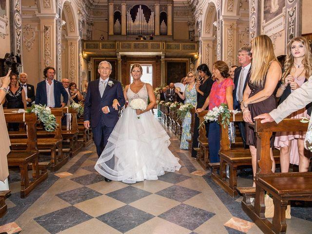 Il matrimonio di Maura e Riccardo a Angera, Varese 15