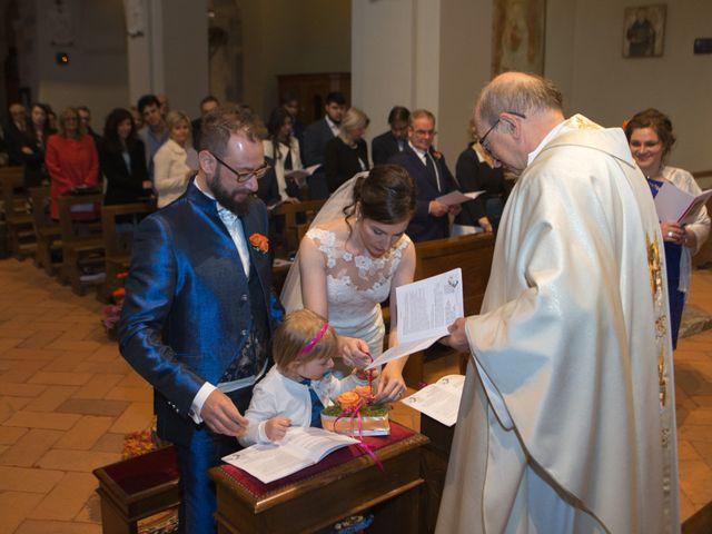 Il matrimonio di Roberto e Elisabetta a Sesto Calende, Varese 9