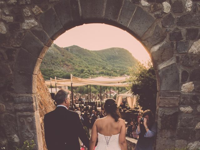 Il matrimonio di Nicky e Cleo a Castelpagano, Benevento 61