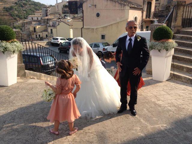 Il matrimonio di Vincenzo  e Ester  a Ragusa, Ragusa 14