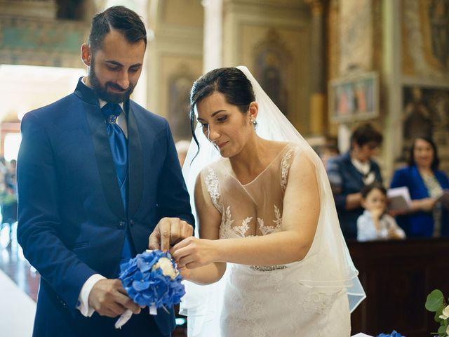 Il matrimonio di Simone e Sabrina a Bergamo, Bergamo 32