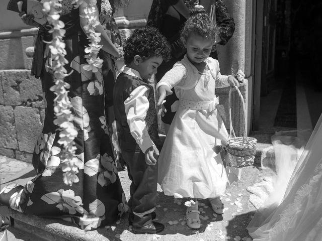 Il matrimonio di Antonio e Concetta a Torre Le Nocelle, Avellino 22