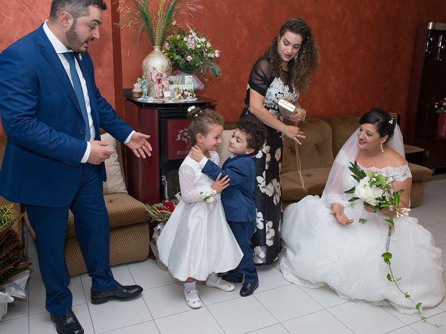 Il matrimonio di Antonio e Concetta a Torre Le Nocelle, Avellino 76