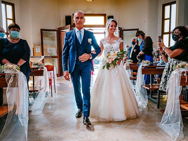 Il matrimonio di Alessandro e Alice a  Zelarino, Venezia 17