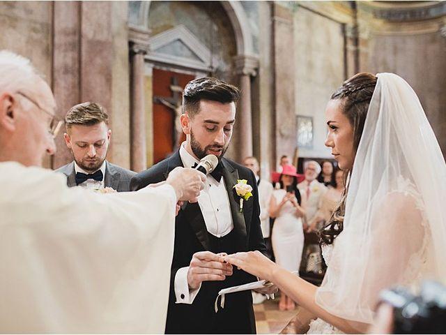 Il matrimonio di Diminik e Elena a Caorle, Venezia 20