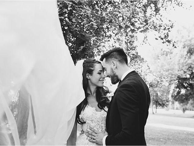 Il matrimonio di Diminik e Elena a Caorle, Venezia 32