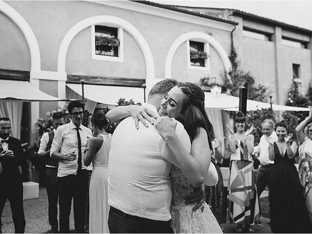 Il matrimonio di Diminik e Elena a Caorle, Venezia 43