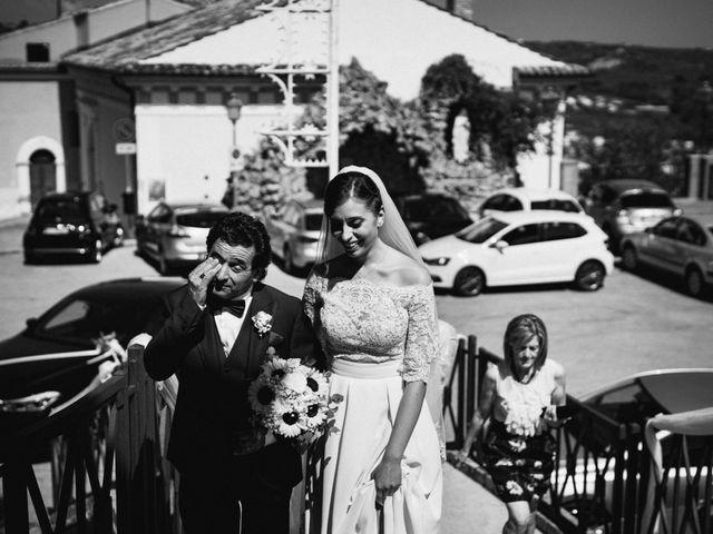 Il matrimonio di Matteo e Diana a Miglianico, Chieti 21